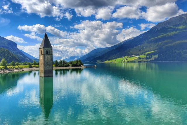 Lago di Resia, Reschensee, Venosta, Italy